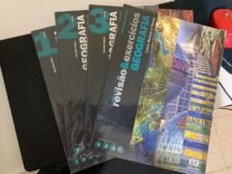 Título do anúncio: Livro de Geografia Projeto Voaz completo