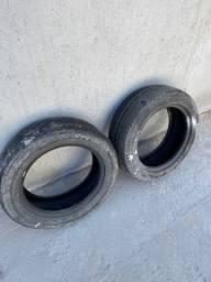 Título do anúncio: Vendo 2 pneus R15 - não entrego