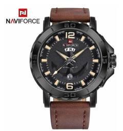 Relógio Naviforce Casual, original, importado, Pulseira de Couro Marrom.