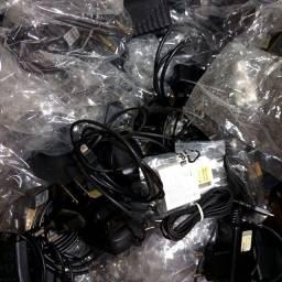 Título do anúncio: Lote 50 Carregadores Para Smartohones / Celulares / Tablets - Carregadores Originais
