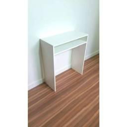 Mesa de manicure ou aparador