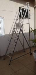 Título do anúncio: Escada plataforma de alumínio 7 degraus + patamar trepadeira