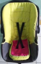 Vendo Cadeira de Criança para Veículo 100, 00