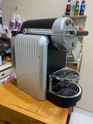 Título do anúncio: Máquina nexpresso Zenius
