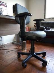 Cadeira Executiva Home Office