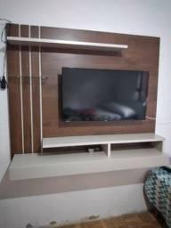 Televisão e painel