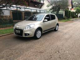 Renault Sandero 1.6 16v Automático 2012