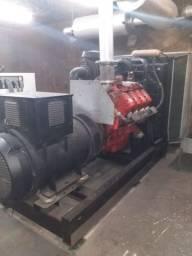 Dois(02) GERADORES DE ENERGIA STEMAC 700 KVA(CADA) MOTORES SCANIA
