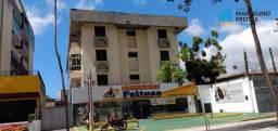 Apartamento com 2 dormitórios para alugar, 80 m² por R$ 1.509,00/mês - Aldeota - Fortaleza