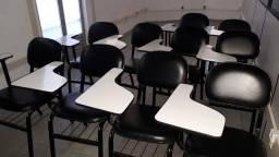 Móveis para curso ou escola