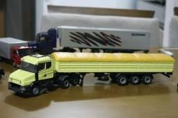 Scania trucada miniatura completa 1/50 caminhao