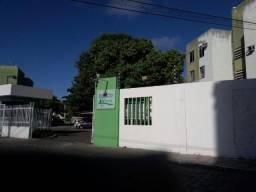 Aluga-se ou Vende-se apartamento no Conjunto Augusto Franco
