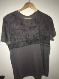 Camisetas Calvin Klein e Skyler