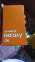 Vendo esse j5