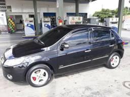 Troco com carro sedan - 2011