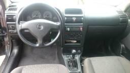 Vendo ou troca astra sedan completo manual cópia de chave IPVA pg recibo em branco - 2008