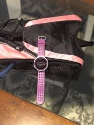 Relógio Garmin forerruner 220 Rosa e mochila de hidratação 2l