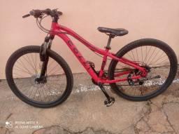 Bicicleta Shimano aro 29 freio a disco semi Nova