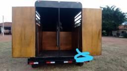 Transporte frete, carretinha, treiller , trailer, para 2 cavalos , transporte de eqüinos