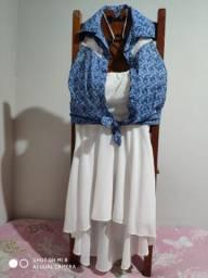 Conjunto vestido e blusa tamanho P