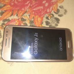 Vendo J2 Pro 200,00