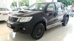 Toyota Hilux CD Limited 4x4 At Diesel 2015 - 2015
