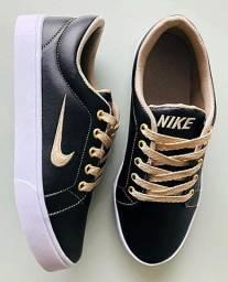 Sapatos fé minino