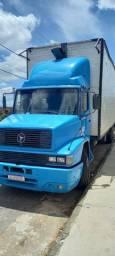 Vendo ou troco um caminhão Mb 1218 ano1991