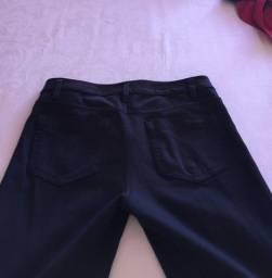 Calças Calvin Klein com elastano e uma jeans