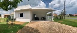 Linda casa no Ninho Verde 1 - mobiliada com 3 suítes