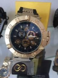 Título do anúncio: Relógio Invicta Subacqua Vendo ou Troco em telefone celular