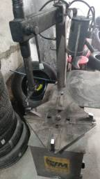 Desmontadora de pneu
