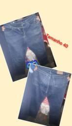 Calça jeans masculina tamanho 40.