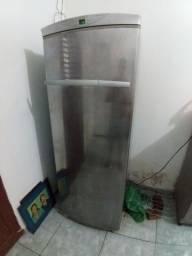 Título do anúncio: Frize vertical Brastemp