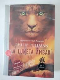 "Livro ""A Luneta Âmbar"" - Philip Pullman"