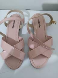 Vendo sandália infantil Molekinha - tamanho 31