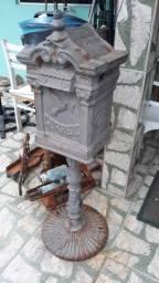Caixa correio antiga ferro