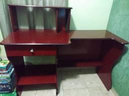 Escrivaninha/mesa para estudo + cadeira