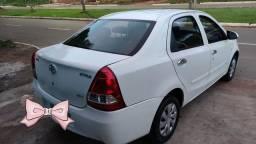 Etios sedan x 1.5 (aut) 16/17