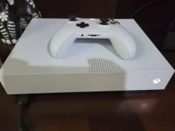 Título do anúncio: Xbox One S 1tb All digital -  Usado