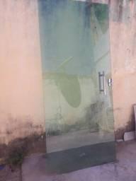 Porta de vidro verde