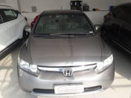 Título do anúncio: Honda Civic 1.8 LXS 16V GASOLINA 4P MANUAL