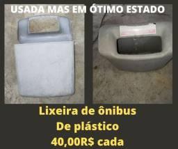 LIXEIRA DE ÔNIBUS