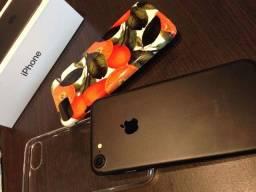 Título do anúncio: iPhone 7 de 32GB