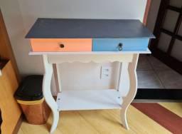 Criado mudo/ mesa aparador vintage