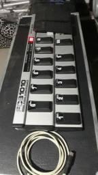 Controlador 1010 behringer