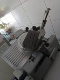 Título do anúncio: Máquina de fatiar