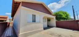 Casa no Centro em Artur Nogueira - SP