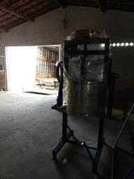 Extrator de goma de mandioca