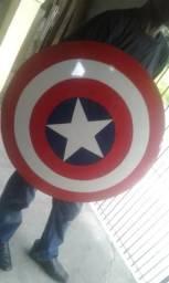 Escudo do capitão américa artesanal- Item para cosplay ou coleção- (não  oficial) 85e2ae5b31